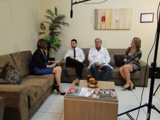 dr joão juveniz entrevista tv interativa novembro azul (14)